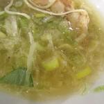 志奈そば 田なか セカンド - アジ煮干し塩中華スープ