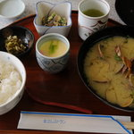 金立サービスエリア(上り線)レストラン - 貝汁セット