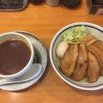 拳玉 - 料理写真:全部乗せつけ麺