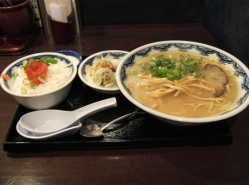 博多麺房 赤のれん 丸の内店