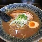 自己流ラーメン綿麺 - 料理写真:和風とんこつ(790円)