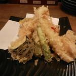 天ぷらと泡 ぱちぱち - 天ぷら盛り合わせ