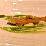 シェ・イノ - 料理写真:稚鮎とアスパラソバージュとタルタルソース