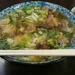 あらや食堂 - 料理写真:「牛すじうどん」600円