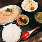 熊本馬肉横丁 - ホルモン煮込み定食