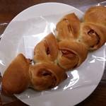 BREAD&DISHES MUGINOKI - ベーコンエピ