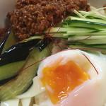 麺 銀三 - 料理写真:温玉肉味噌きしめん(冷)