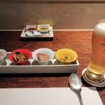 67106315 - 生ビールと前菜4種