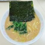 こうや - 料理写真:ラーメン650円麺硬め。海苔増し100円。
