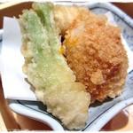 あじ彩 真 - 天麩羅は鯛、タケノコ、タラの芽、里芋
