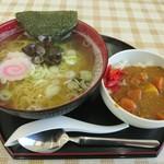 笑顔の郷 - 料理写真:しじみラーメン+ミニカレー