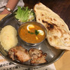 おいしいカレー工房 ひつじや - 料理写真:チキンカバブ・挽肉とたまごカレー