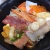 とと市場 - 料理写真:海鮮丼セット