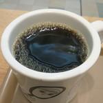 タミルズ - プルドポークバーガー(エッグ&チーズ)に付くコーヒー