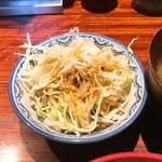小倉鉄なべ - 鉄なべランチ キャベツ