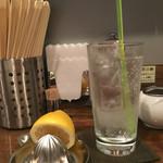 鳴龍 - 「生レモンサワー」400円
