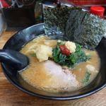 せい家 - らーめん(太麺・かた麺) 500円