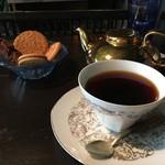 アール座読書館 - ガーワとクッキー