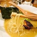 鶏ポタ ラーメン THANK - 麺アップ