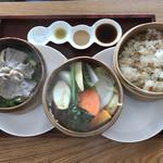 スプーンティ&レストラン - 嫁の頼んだまぜご飯と豚肉の西京焼きのセット