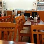 純中国伝統料理四川料理 芊品香 - 店内1