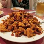 京華樓 - 「豚ヒレ肉のフライとサクサク唐辛子の麻辣炒め」1,600円