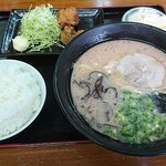 さくら亭 - 料理写真:サービス定食 530円