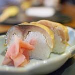 67490923 - 鯖寿司