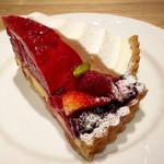 デリス - 赤い実のタルト&チーズタルト