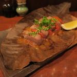 八お野 - イベリコ豚とトマトの朴葉味噌焼き1