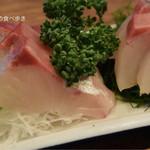 魚三酒場 - すずき刺し