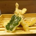 丸の内天ぷらめし 下の一色 - 最初に付いてきた天ぷら☆