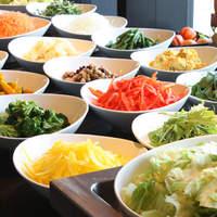 お得な【新鮮野菜ビュッフェ】付ランチ