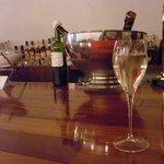 アドリアーノ - グラスワイン