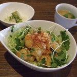 ハーストーリィ ハウス - 白身魚のピリ辛丼(¥900)