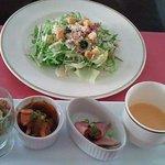 サンマルク - シーザーサラダとランチ前菜