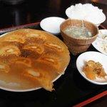 中国料理 聚宝 - 料理写真:餃子定食