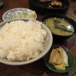 鉄なべ - ご飯の大盛り