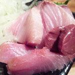 オヂィズダイニング 魚魚  - 天然ぶり刺し