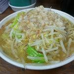 ラーメン二郎 - 料理写真:出されたラーメンそのまま