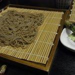 草太郎庵 - 宿の夕食、ざる蕎麦。自分で摩る生わさびもとてもおいしい。