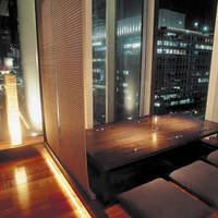 大阪駅前!美しい夜景の見える接待・会食向けの完全個室をご完備