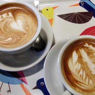 コーヒーとタイヤキのカラク - 料理写真:
