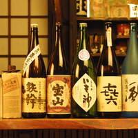 日本酒・焼酎とも、品揃え豊かです
