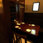 パパイヤリーフ - 新設された半個室タイプの4名様用テーブル席♪