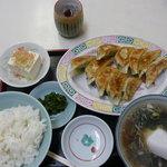 亀鶴 - 餃子定食