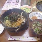 港堤 - 料理写真:石焼ピビンバ定食¥600