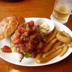 COCOCHI BURGERS - CoCochi(レッドホットチキンバーガー)