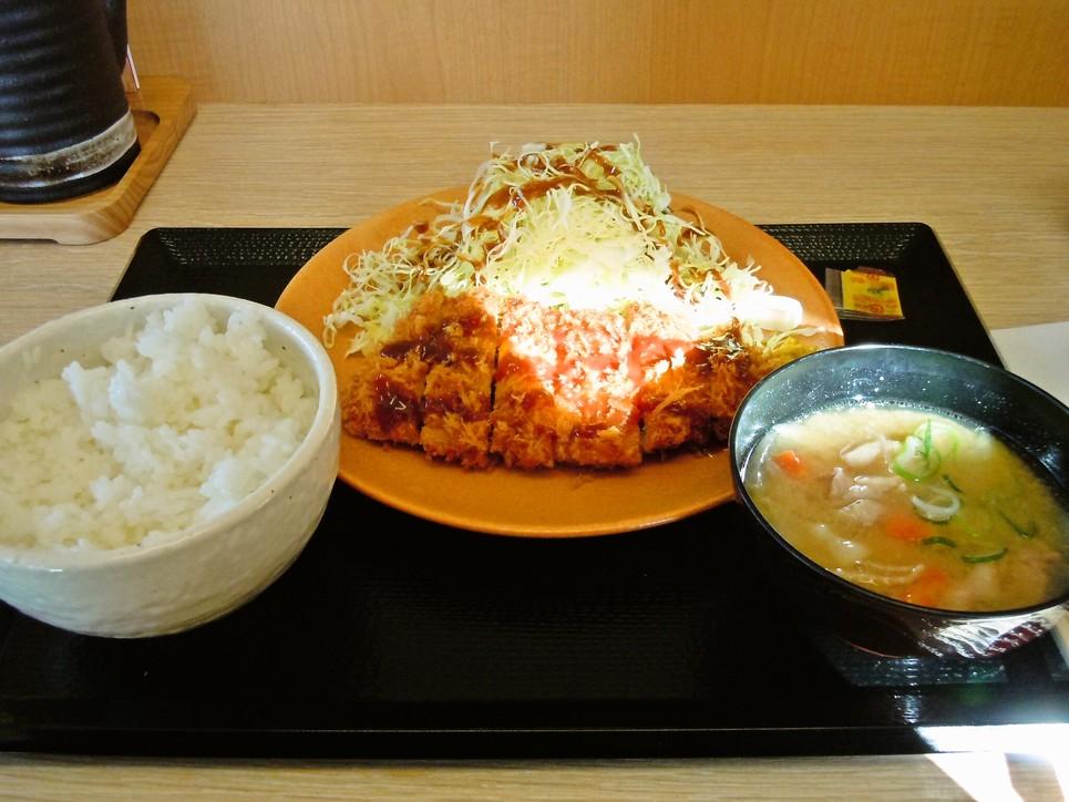 かつや 横浜市沢町店