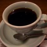 喫茶ロア - 厚みのあるカップは冷めにくく飲み易い陶器は作家モノ